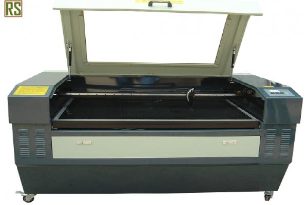 Лазерный гравировальный станок TS 1390 (130 W)